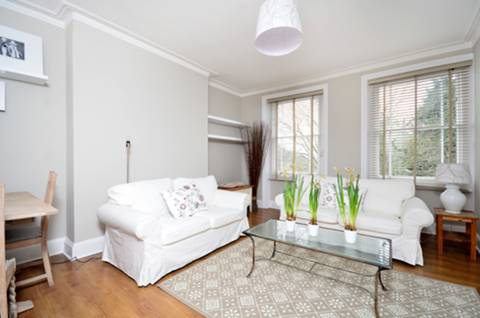 View full details for Nightingale Lane, Between the Commons, SW12