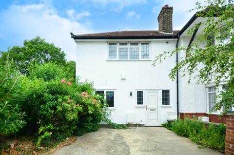 View full details for The Ridgeway, North Finchley, N3