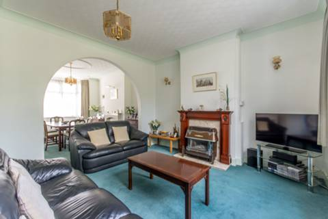View full details for Doyle Gardens, Kensal Rise, NW10