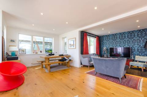 View full details for Elmington Road, Camberwell, SE5