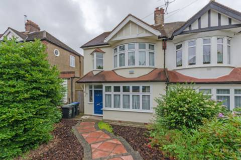 View full details for Dawlish Avenue, Palmers Green, N13