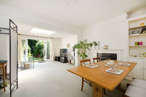 View full details for Cliveden Road, Wimbledon, SW19