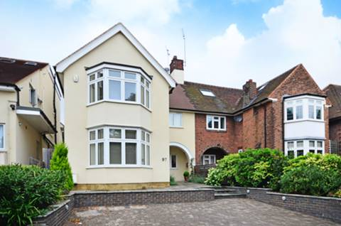 View full details for Hodford Road, Golders Green, NW11