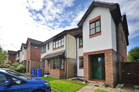 View full details for Gregory Close, Horsell, GU21