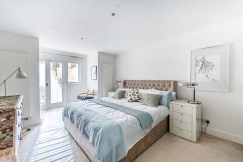 View full details for Penywern Road, Earls Court, SW5