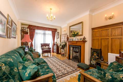View full details for Helena Road, Dollis Hill, NW10