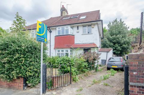 View full details for Thornton Road, Balham, SW12