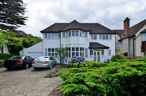 View full details for Thetford Road, New Malden, KT3