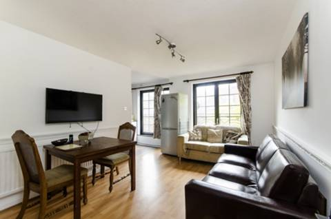 View full details for St Georges Square, Limehouse, E14