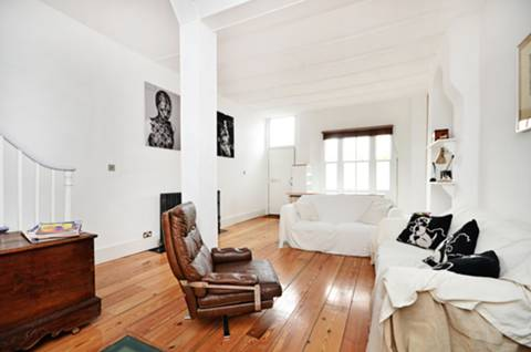 View full details for Clarence Road, Hackney, E5