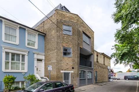 View full details for Lords Court, Hammersmith, W6