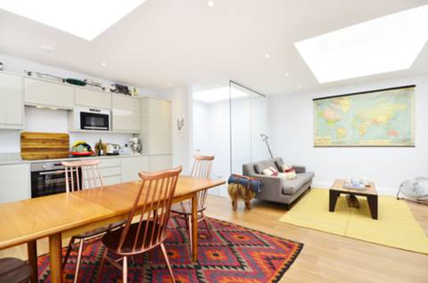 View full details for Upper Tooting Park, Tooting Bec, SW17