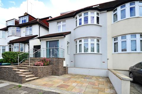 View full details for Hillcrest Avenue, Golders Green, NW11