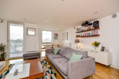 View full details for Jubilee Court, Greenwich, SE10