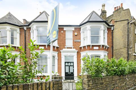 View full details for Meynell Road, Victoria Park, E9