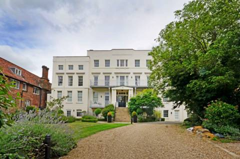 View full details for Hampton Court Road, East Molesey, KT8