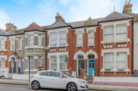 View full details for Cathles Road, Clapham Common South Side, SW12