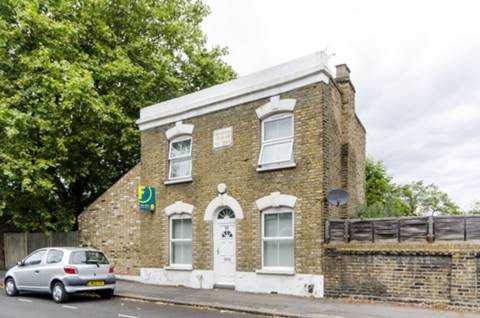 View full details for Pulross Road, Brixton, SW9