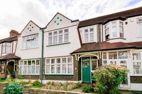 View full details for Gordon Road, Beckenham, BR3