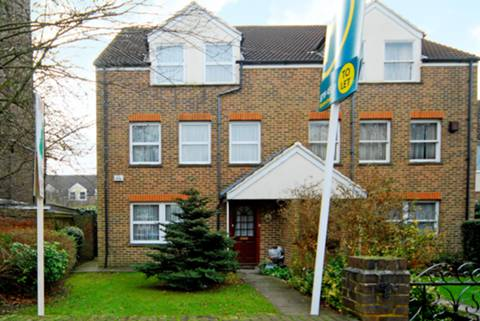 View full details for Hillcrest Road, Ealing, W5