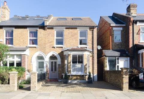 View full details for Albany Road, Ealing, W13