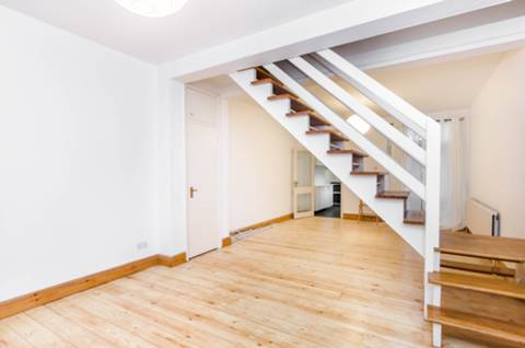 View full details for Grove Road, Ealing, W5