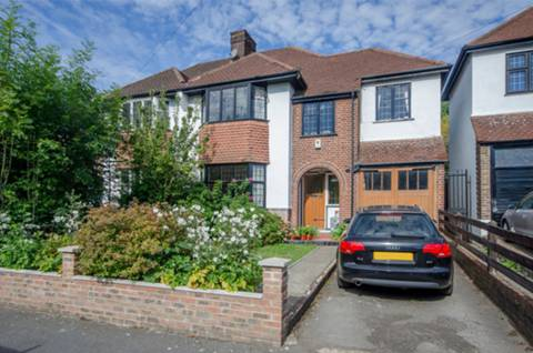 View full details for Kingsmead Road, Tulse Hill, SW2