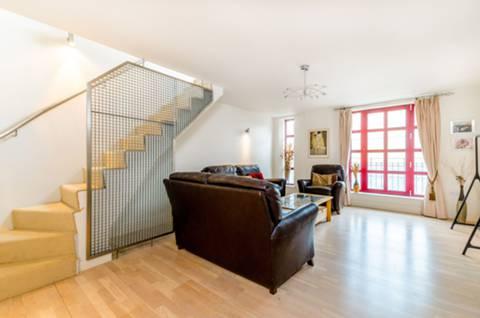 View full details for Quaker Street, Shoreditch, E1