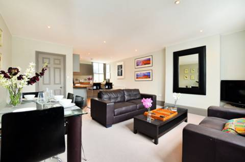 View full details for Galesbury Road, Wandsworth, SW18