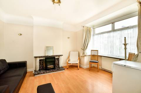 View full details for Ansell Road, Tooting, SW17