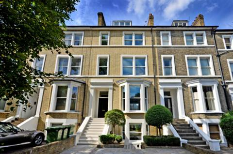 View full details for Friars Stile Road, Richmond Hill, TW10