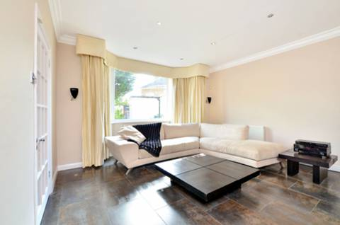 View full details for Glenburnie Road, Tooting Bec, SW17
