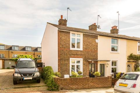 View full details for Linkfield Road, Isleworth, TW7