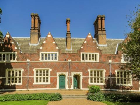 View full details for King William IV Gardens, Penge, SE20