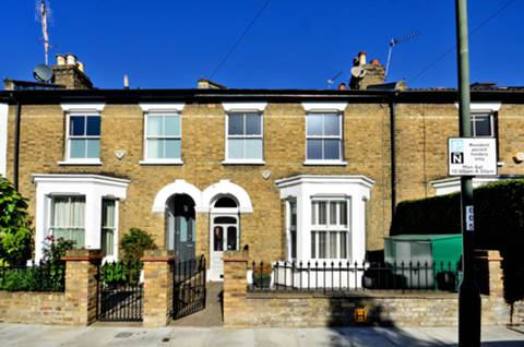 View full details for Raleigh Road, Richmond, Kew, TW9