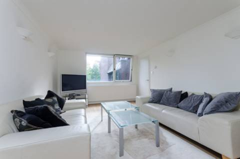 View full details for Chandos Way, Golders Green, NW11