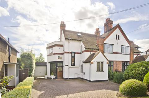 View full details for Kingsend, Ruislip, HA4