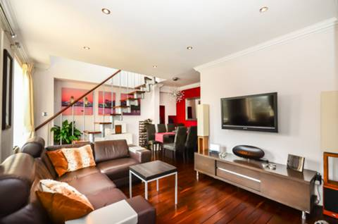View full details for Brook House, Clapham Common South Side, SW4