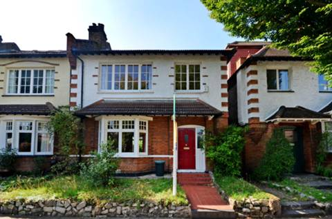 View full details for Cambridge Road, St Margarets, TW1