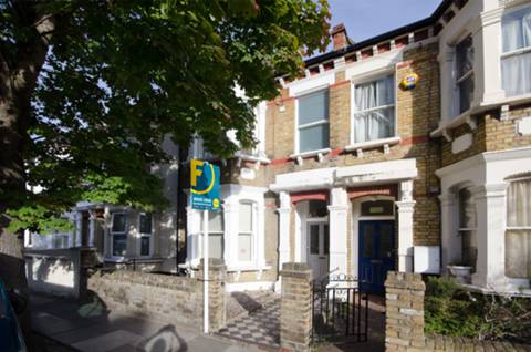 View full details for Latimer Road, Wimbledon, SW19