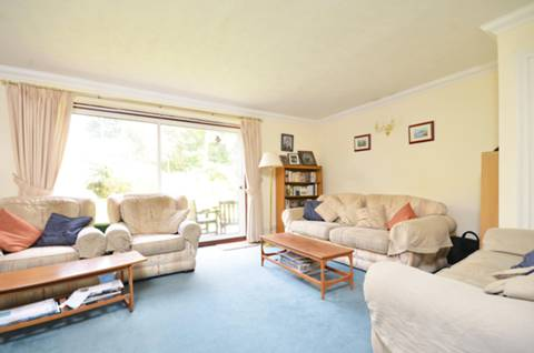 House for sale in GU4 with Foxtons